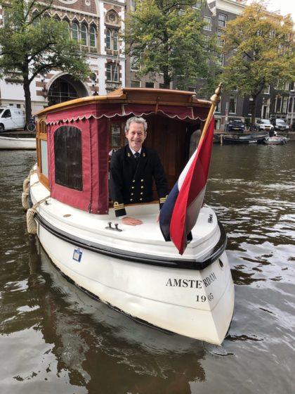 Classic boat owners fear being barged out of Amsterdam canals by tourist booze cruisers - DutchNews.nl