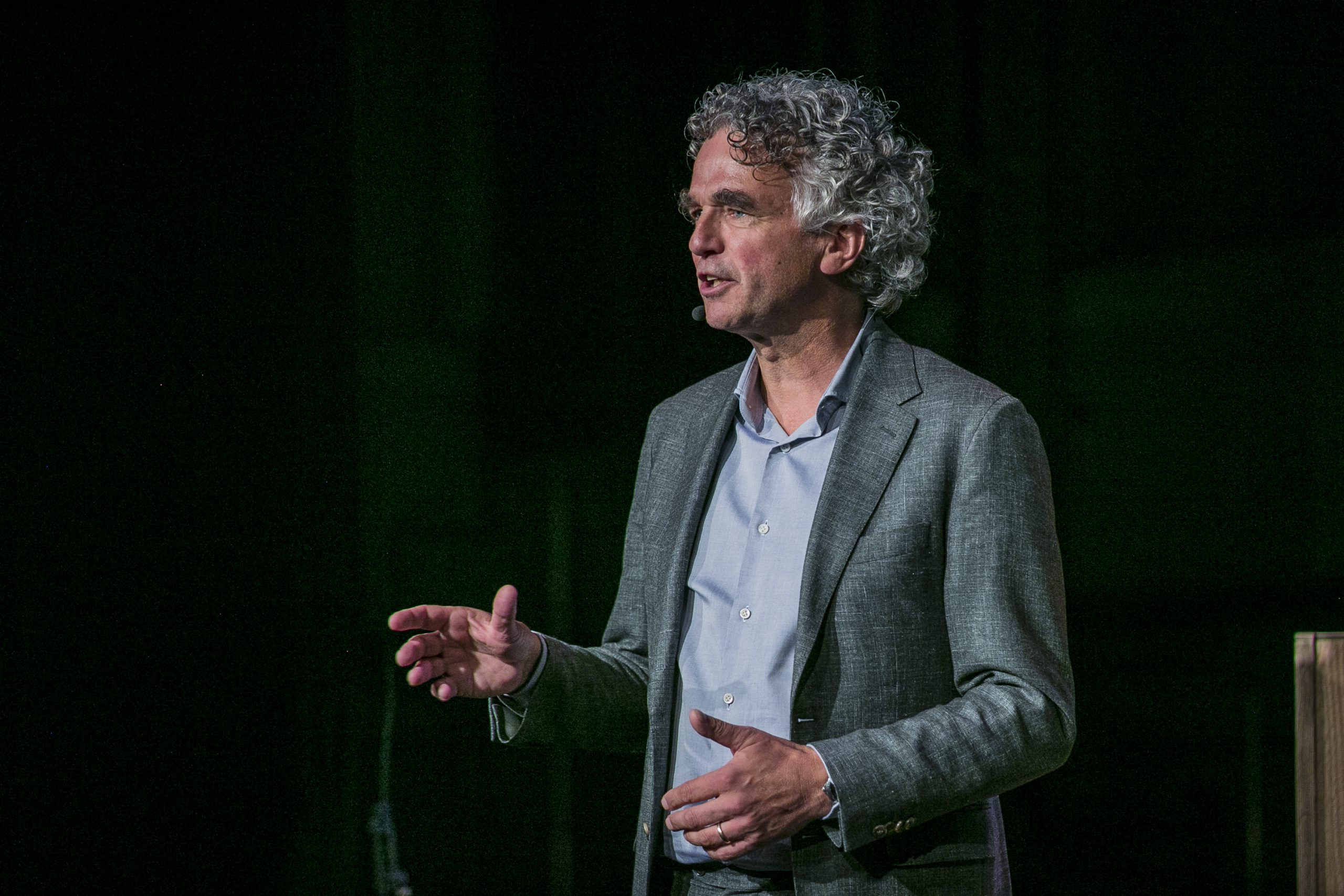 Meet the Dutchman twisting the arm of the world's most powerful polluters - DutchNews.nl