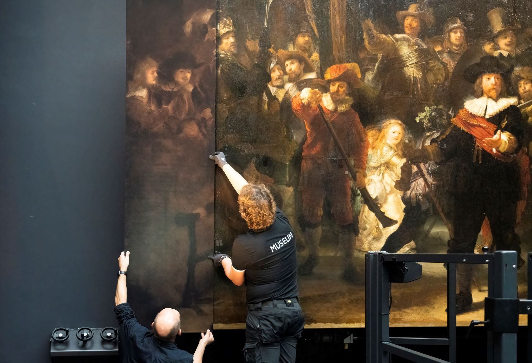 Missing bits of Rembrandt's The Night Watch are recreated by AI - DutchNews.nl