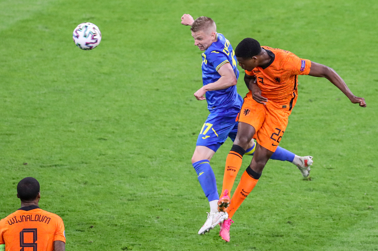 Dumfries says Oranje will learn lessons of 'great escape' against Ukraine