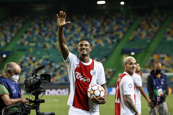 Ajax start Champions League campaign with 1-5 win, four goals for Haller - DutchNews.nl - DutchNews.nl